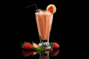 rooibos, orange and strawberry smoothie